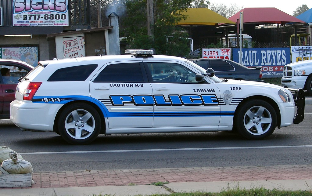how to become a police officer in laredo texas