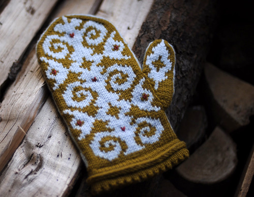 Flocked Mittens | by helloyarn