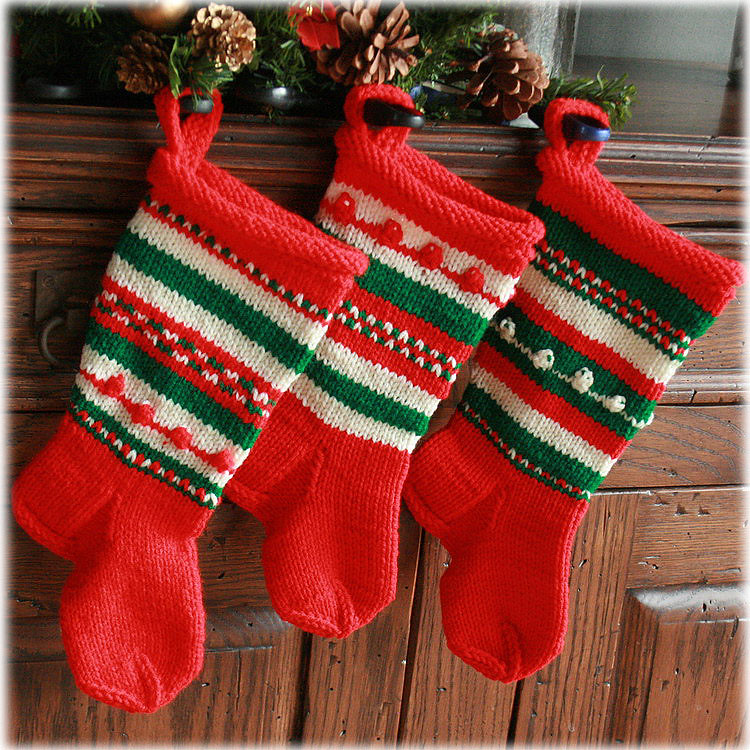 Old fashioned christmas stockings snakeandrose for Fashion christmas stockings
