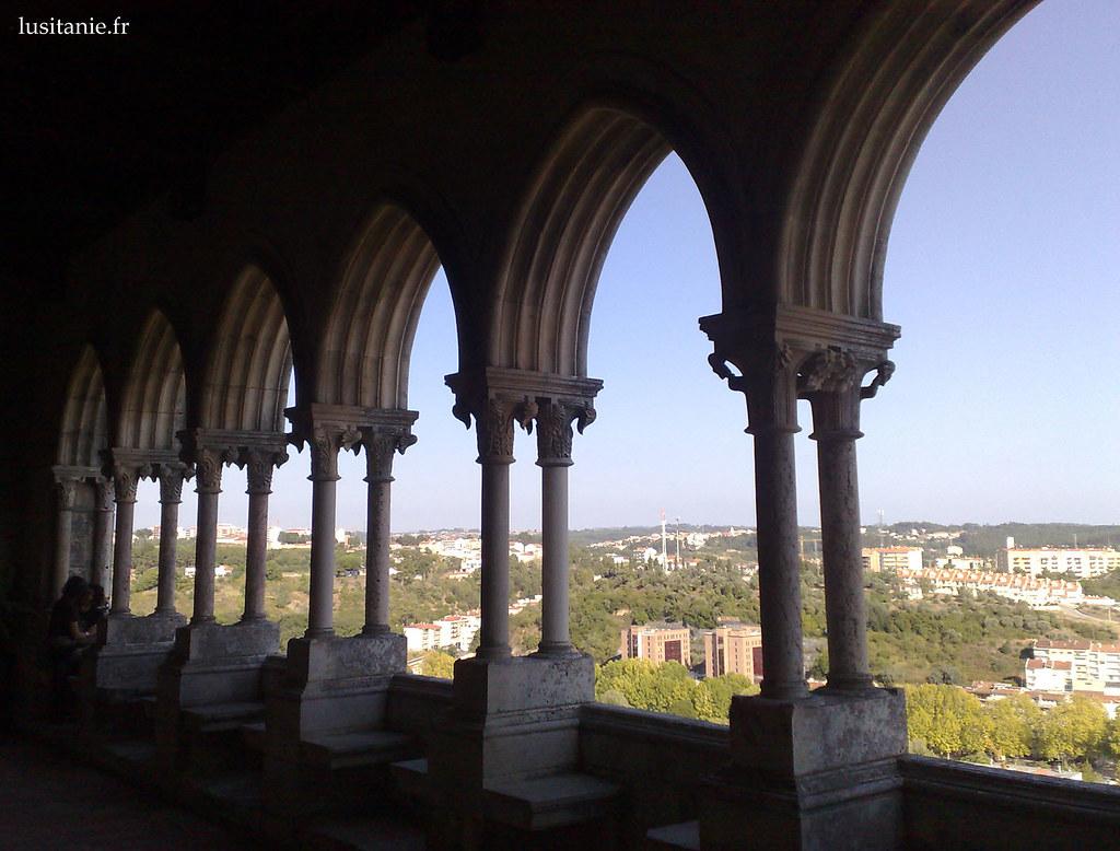 Galeries du Château et vue sur la ville