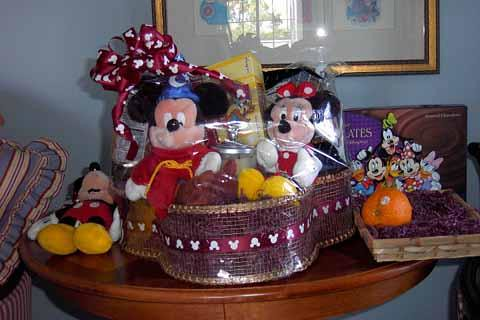 WDW Florist Gift Baskets These Gorgeous & Disney World Welcome Basket Related Keywords u0026 Suggestions - Disney ...