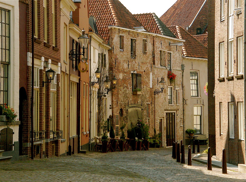 Deventer Street In The Bergkwartier Bergkwartier