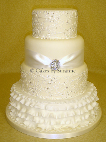 how to make ruffle wedding cake lace ruffle wedding cake suzanne mawhinney flickr 15989