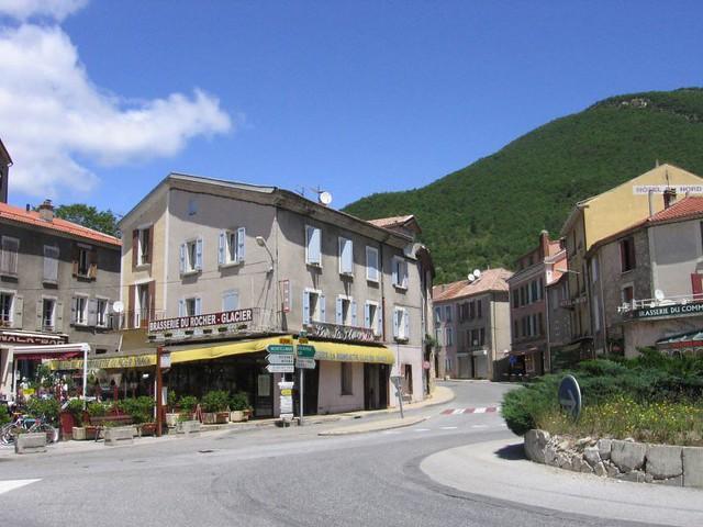 Serres Hautes Alpes Stock Photos & Serres Hautes Alpes Stock ...
