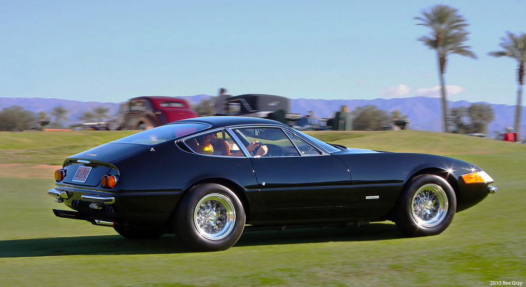 19xx Ferrari 365 Gtb 4 Daytona Black Rvr Third