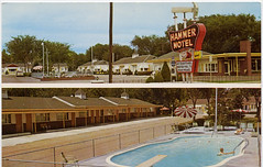 Hammer Motel, 1950's | by Roadsidepictures