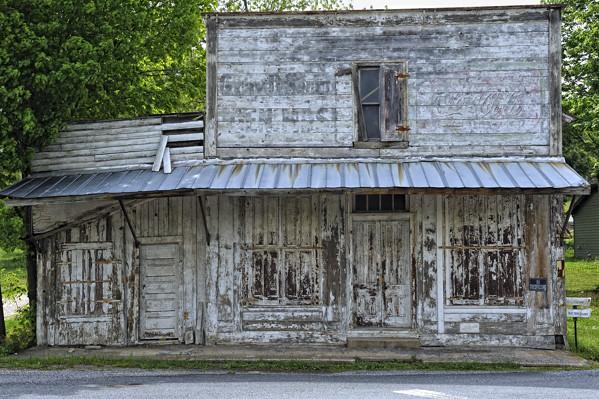 Virginia >> Old building in Vesuvius, VA | Old building near the railroa… | Flickr