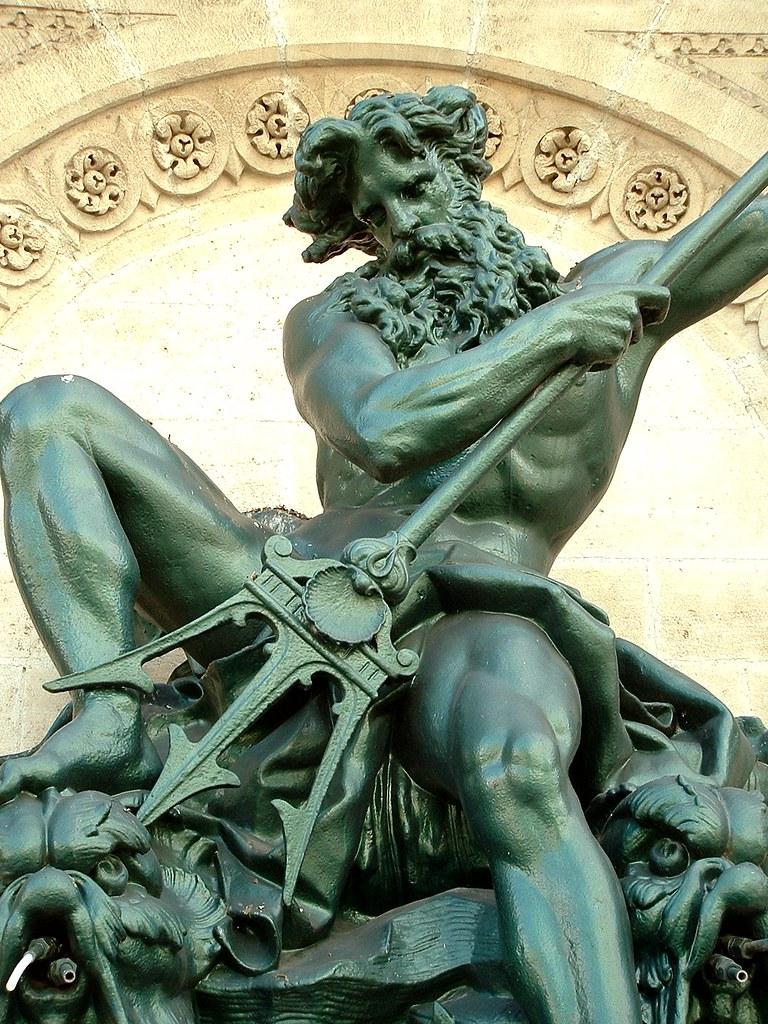 Neptune   détail de la fontaine Neptune Neptune's fountain ...
