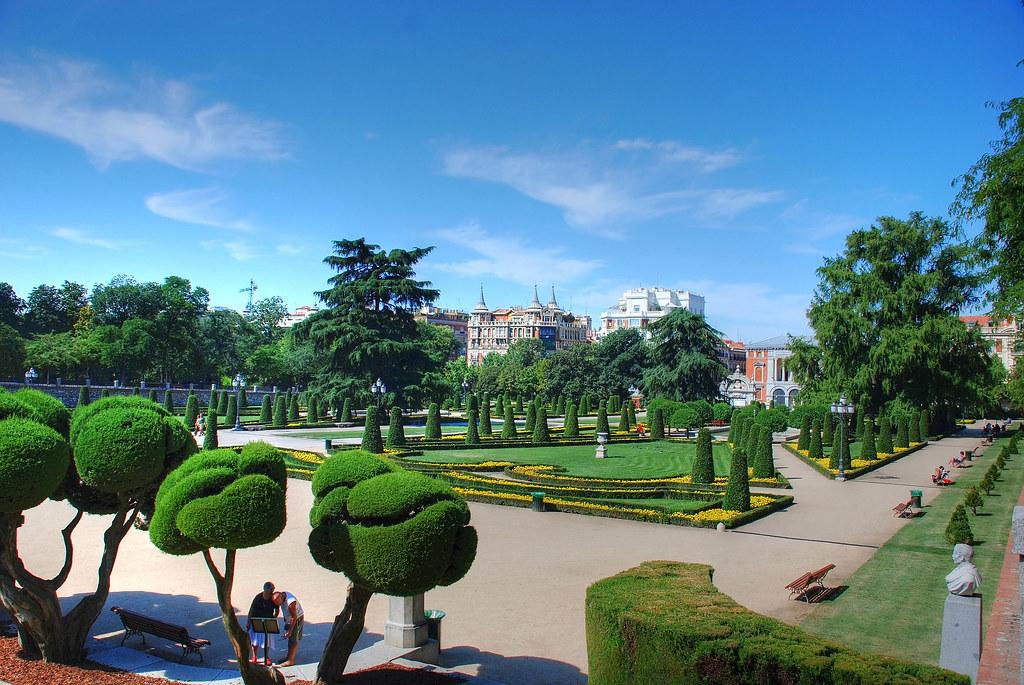 Madrid jardin del parterre parque del retiro hdr de for Aparthotel jardin de recoletos madrid