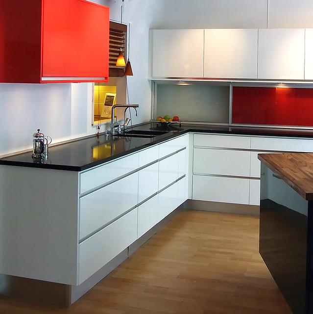 Kitchen Design Showrooms: Kitchen Showrooms_2