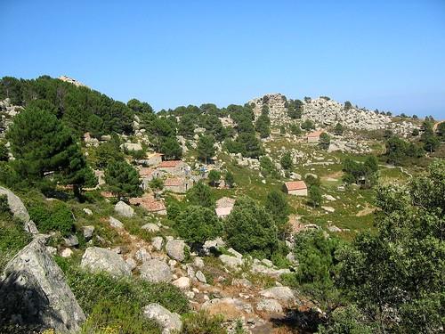 Le hameau de bergeries de Bitalza