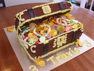 Treasure Chest Birthday Cake Ideas