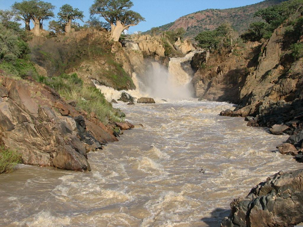 Epupa Falls, Kunene River | The Kunene River forms the ...