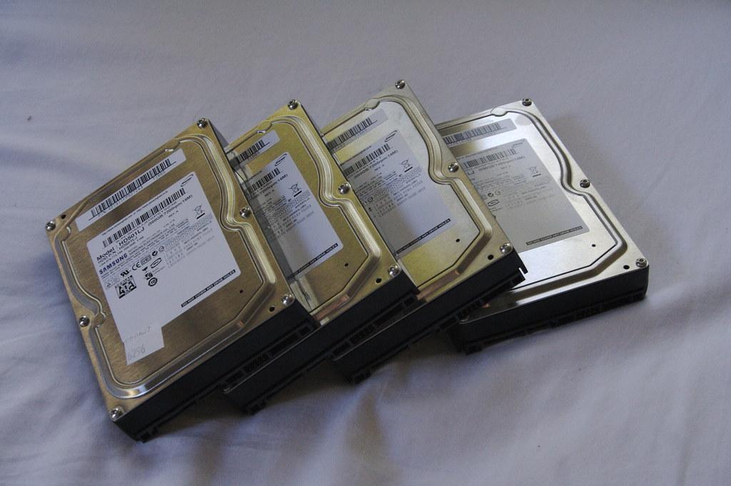 Recover data from failed raid 1 array