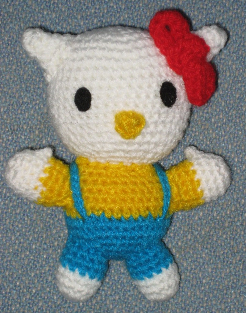Hello Kitty Doll Free Amigurumi Hello Kitty Pattern by ...