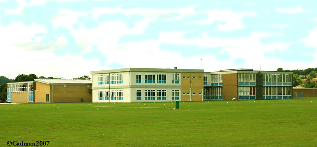 Great Marlow School The School Provides Secondary