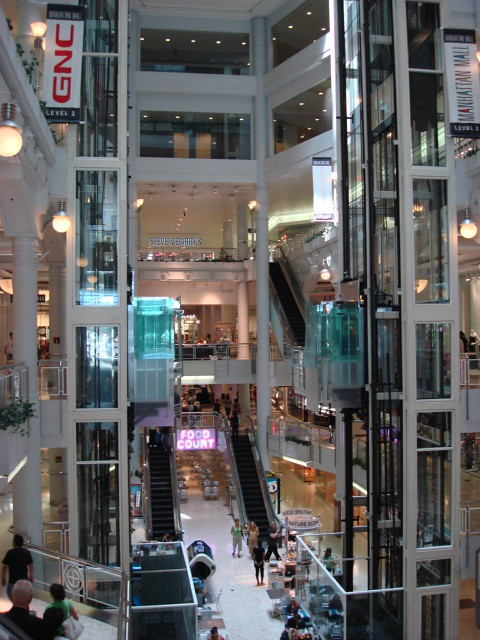 Manhattan Mall (W 33rd St at 6th Ave - New York) | Sergio ...