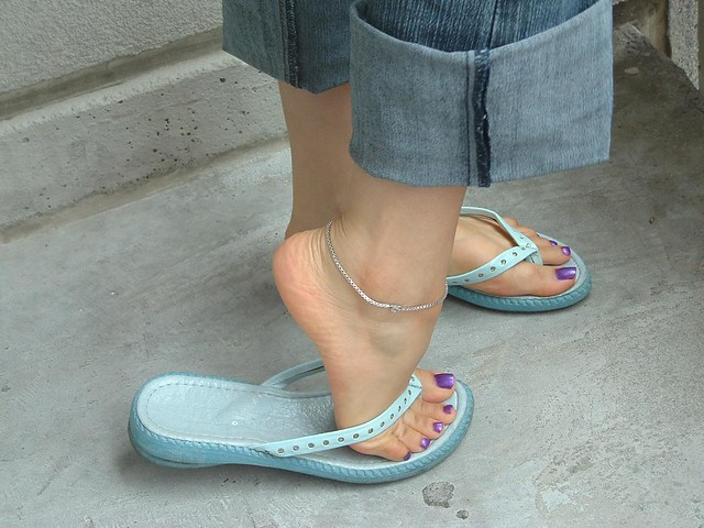 Cute Teen Feet  I Need Your Comments  Support  Ms -9772