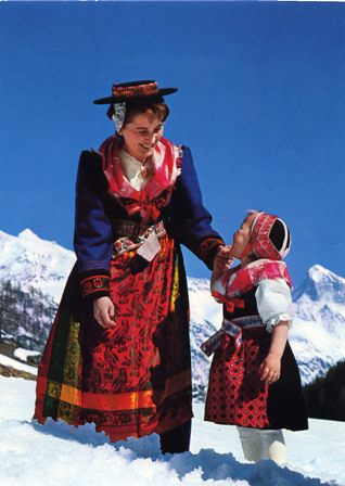 Switzerland traditional dress PC | Jimmie | Flickr
