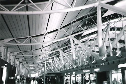 Aeroporto Osaka Renzo Piano : Kix kansai international airport kokusai kūkō