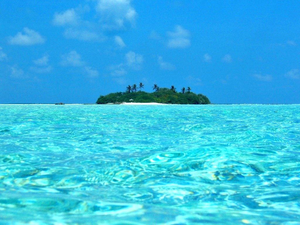 crystal clear sea just could not believe that is not a