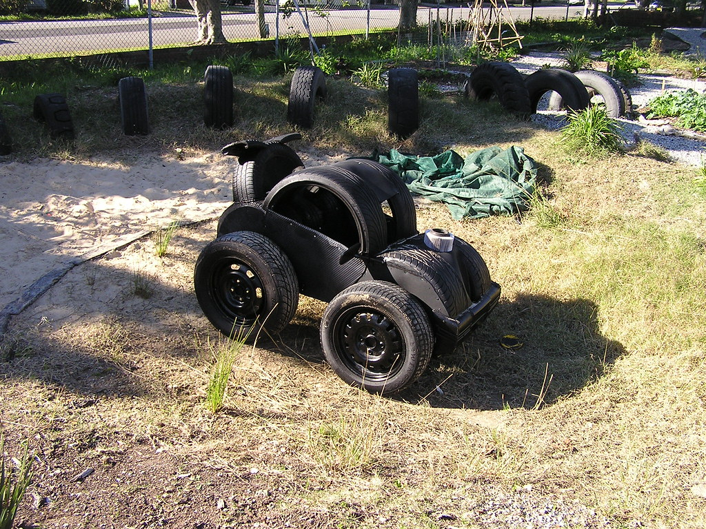 wickham community garden entirely made from car tires an flickr. Black Bedroom Furniture Sets. Home Design Ideas