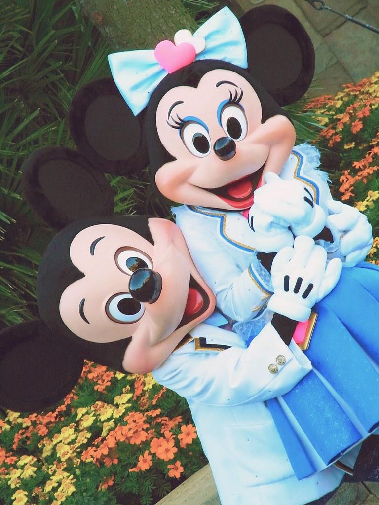 Mickey And Minnie S Kitchen Game Online