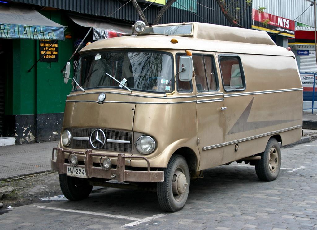 Mercedes camper parked in a back street in santiago for Mercedes benz campers