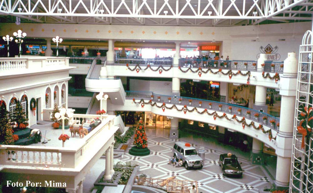 Centro comercial galerias san salvador copyright all - Galeria comercial ...