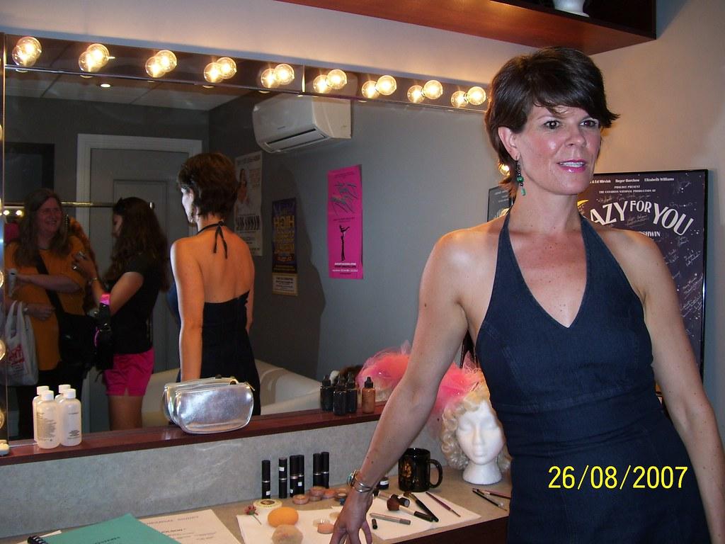 Dressing Make Up Room