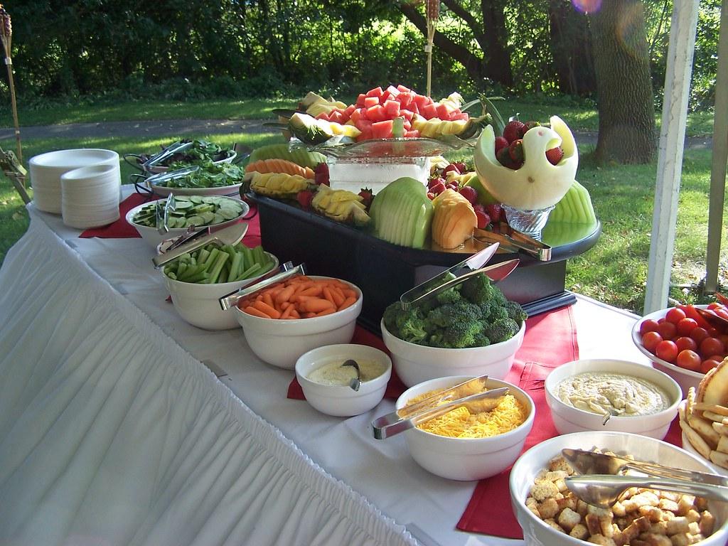 Backyard BBQ Wedding | Polonia Catering | Flickr