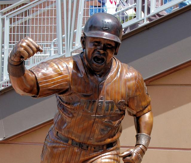 Kirby Puckett Statue Target Field Minneapolis Pmpilgrim
