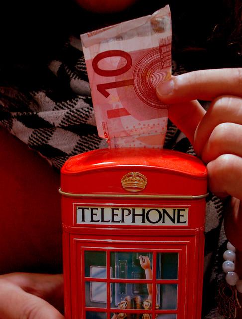 Amazoncom Money speaks sense in a language all nations