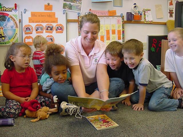 Preschool Students Reading