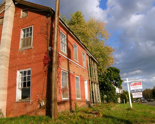 A little fixer upper flickr photo sharing for Fixer upper houses for sale near me