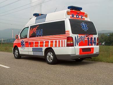 World Car Center >> Mercedes Vito Ambulance / Krankenwagen in der Schweiz / Sw… | Flickr