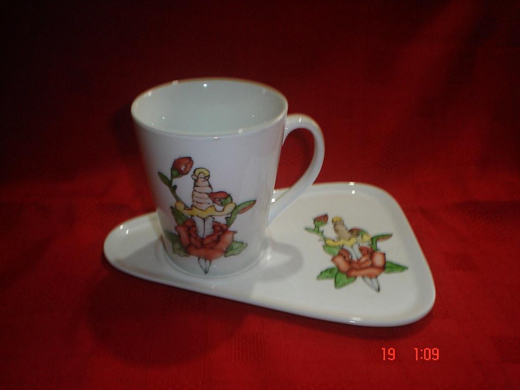 Tazas y bandejas para desayuno 016 bandeja de porcelana for Tazas para desayuno
