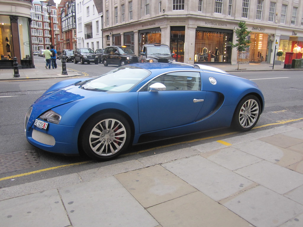 bugatti veyron bleu centenaire only one in the world www y flickr. Black Bedroom Furniture Sets. Home Design Ideas