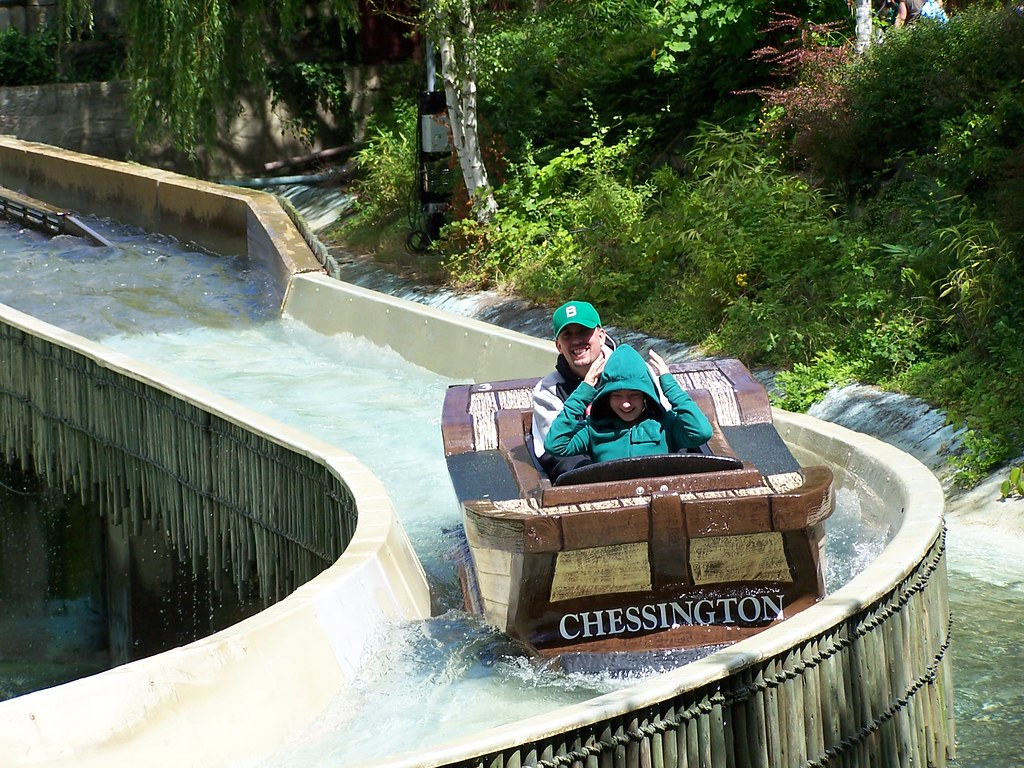 Chessington World Of Adventures Car Park Postcode
