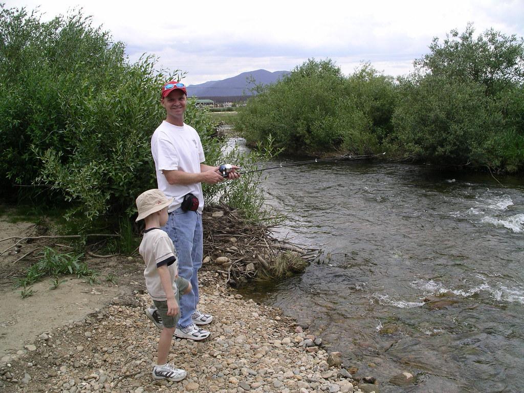 Fraser river fishing fishing in fraser co jeff for Fraser river fishing