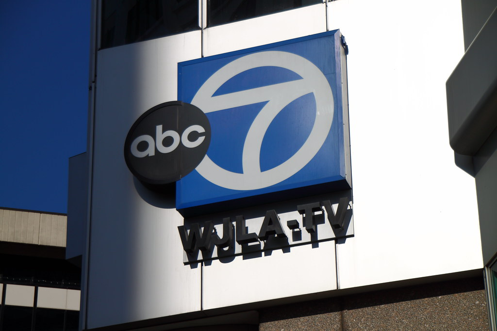 abc 7 wjla tv sign sign for abc 7  wjla tv at 1100 02919 county