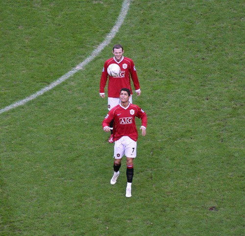 Wayne Rooney Once A Blue Always A Manc Pic Wayne Rooney and Cristiano Ronaldo who is better leave a