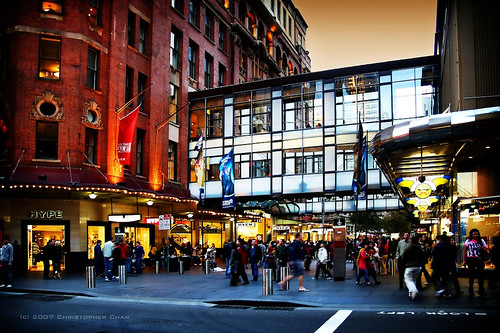 Sep 01,  · Pitt Street Mall is a nice open air strip of shops, shopping centres and arcades in downtown Sydney. Lots of cool places and lots of places to avoid as well. Always someone or group panhandling or protesting something.4/4().
