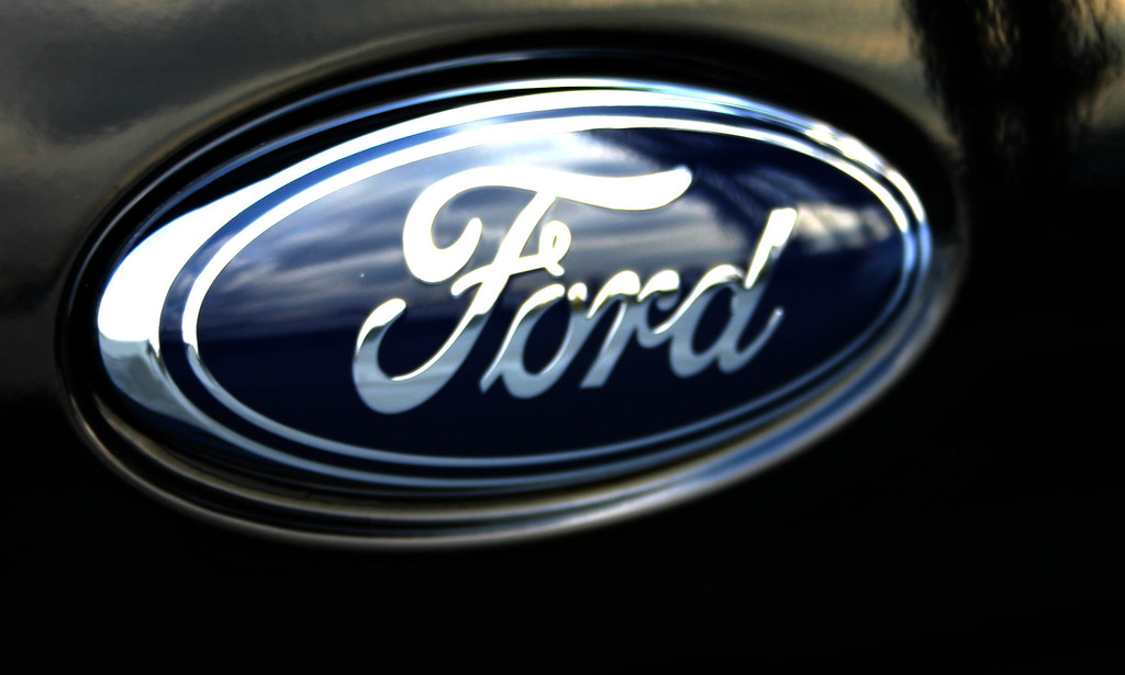 2008 Ford Focus trunk Ford Logo on Black | 08 Focus trunk Fo… | Flickr