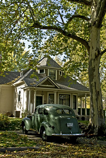 Old house, old car | by walla2chick