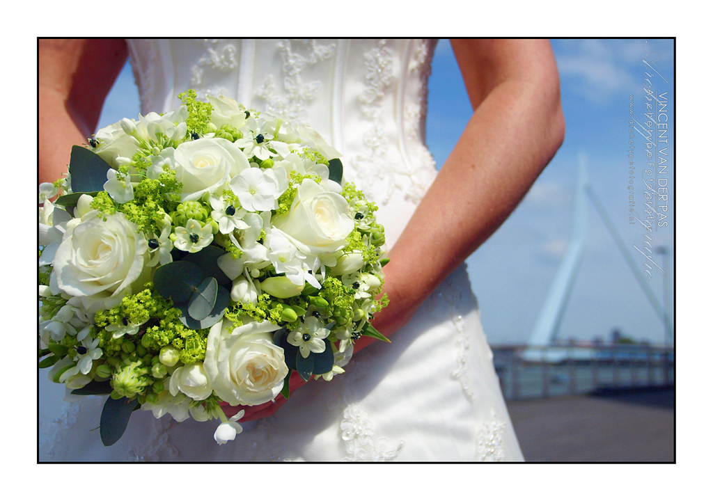 wedding flowers bridal bouquet 2 wedding flowers rotterdam large feel free to use this 9547