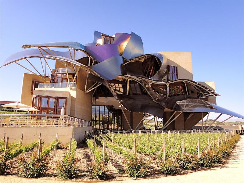 Hotel marques de riscal elciego spain frank gehry 2006 for Hotel marques riscal