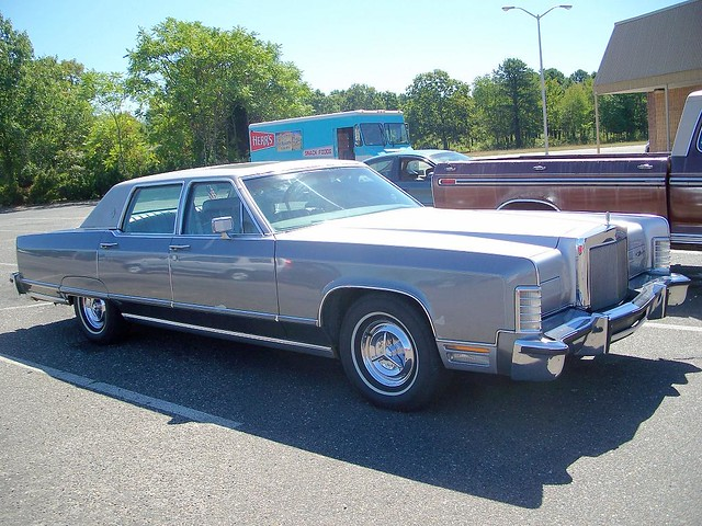 Late 70 S Lincoln Town Car Another Parking Lot Find Was