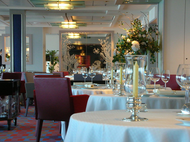 Celebrity infinity dining and cuisine