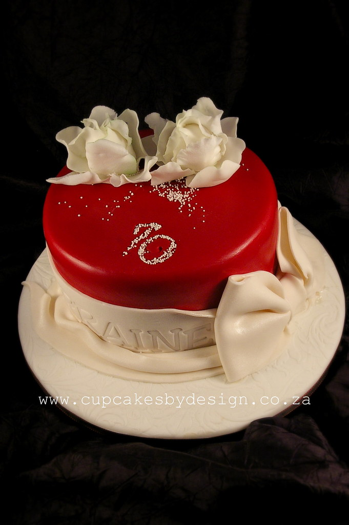 Red Lotus Cake Design : Lorraine s 70th Birthday cake! I made this for Lorraine ...